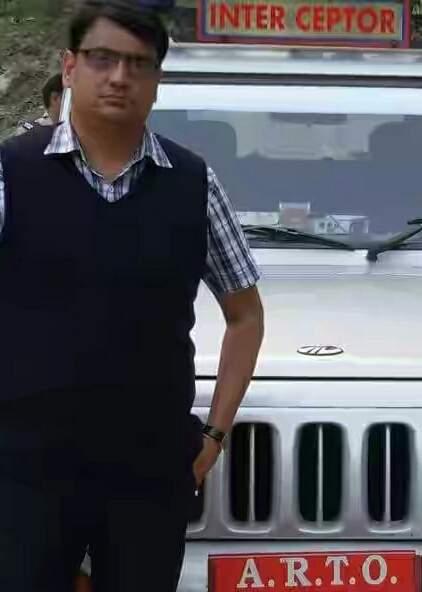 रामनगर में तैनात एआरटीओ विमल पांडे